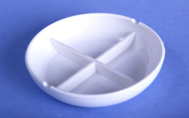 Paint Palette dish with four division